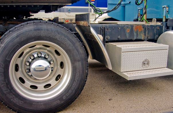 tire pressure goes into fuel costs for truck drivers