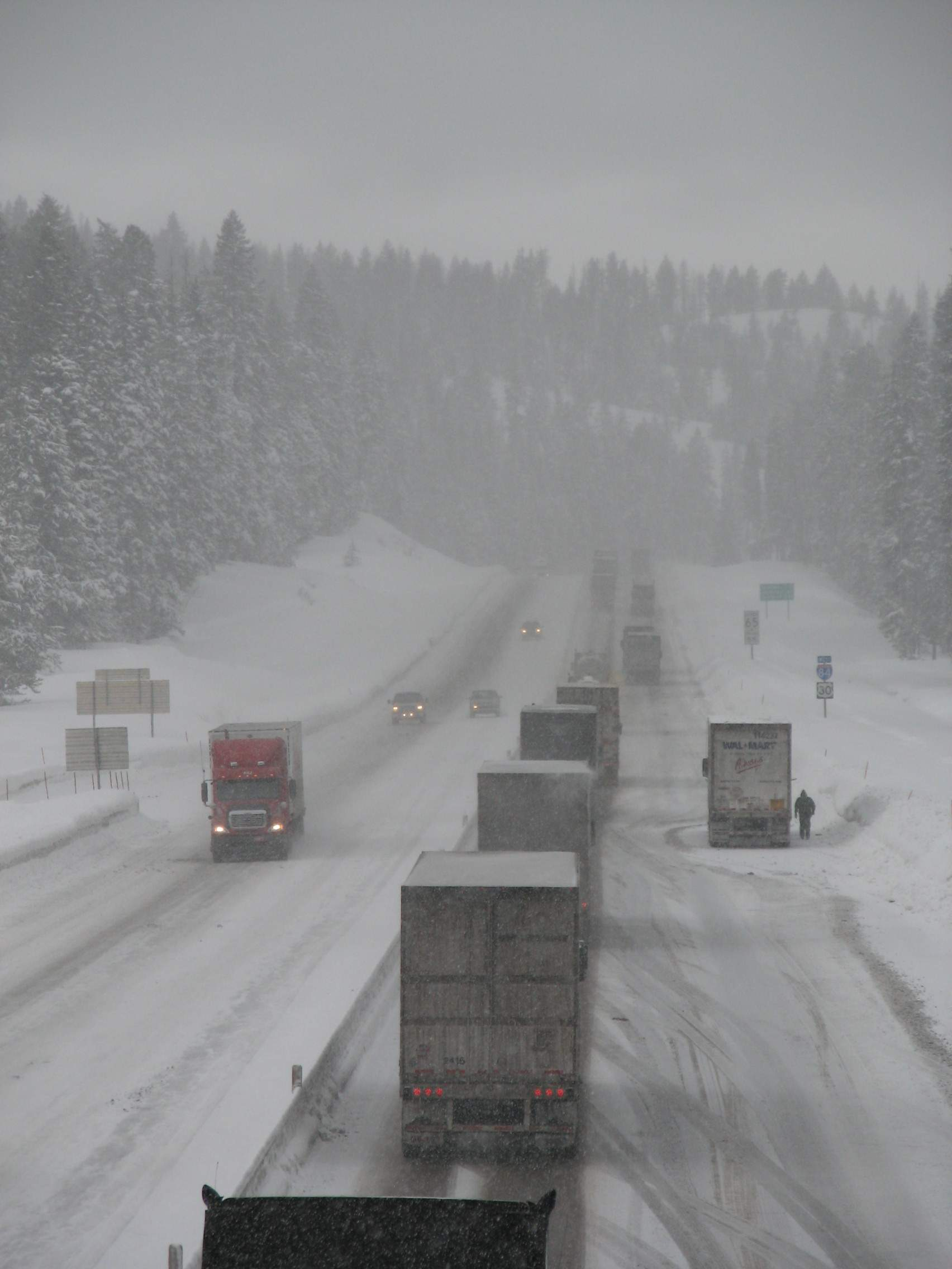 Winter safety tips for truck drivers - Winter Safety Tips For Truck Drivers 85