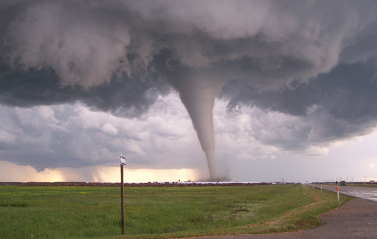 Tornado Safety Tips for Drivers