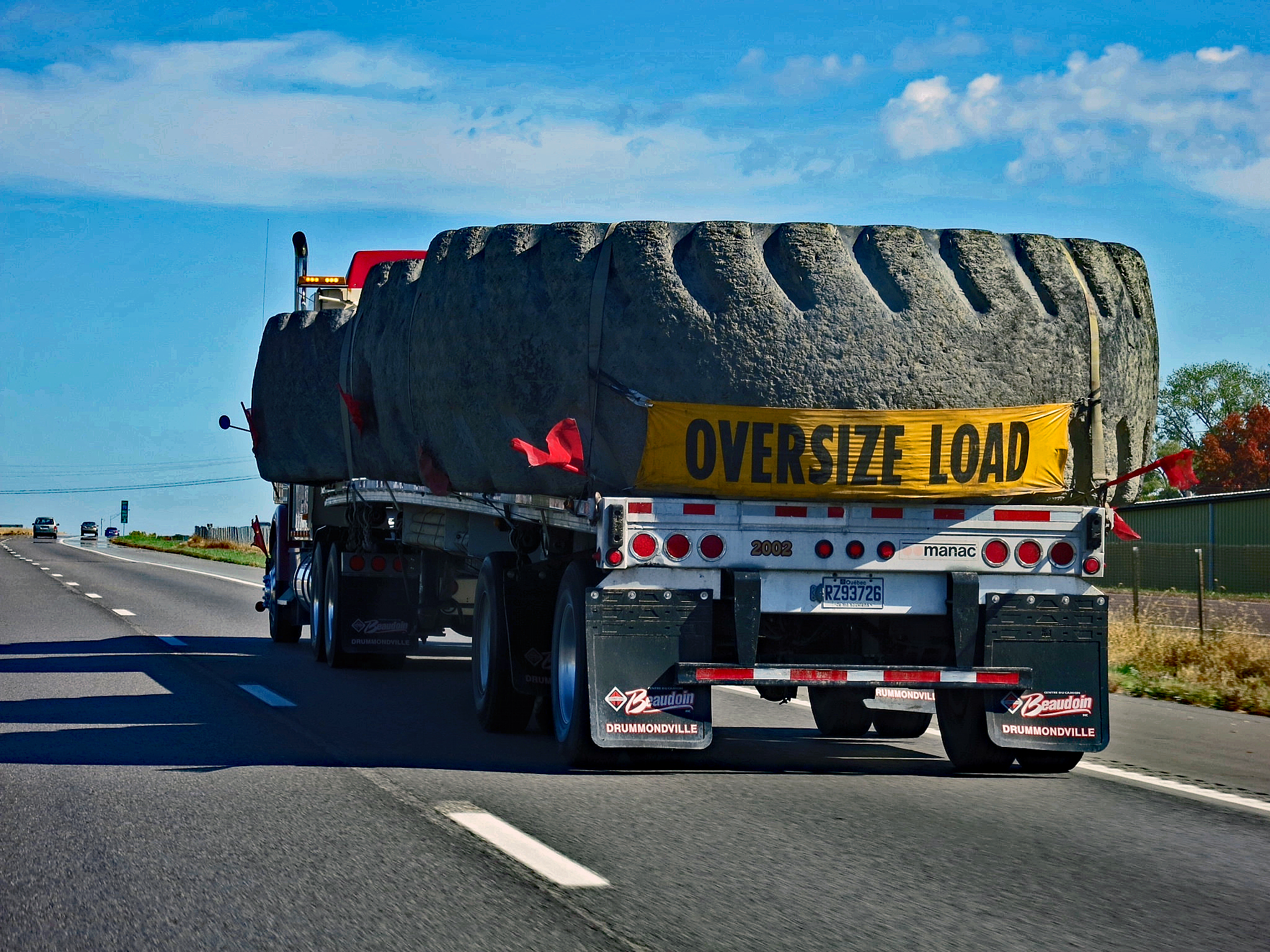 Hauling Wide Loads and Oversize Loads: Important Questions to Consider
